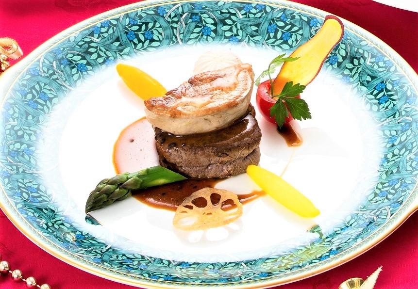 牛フィレ肉とフォアグラのロッシーニ+2,500円
