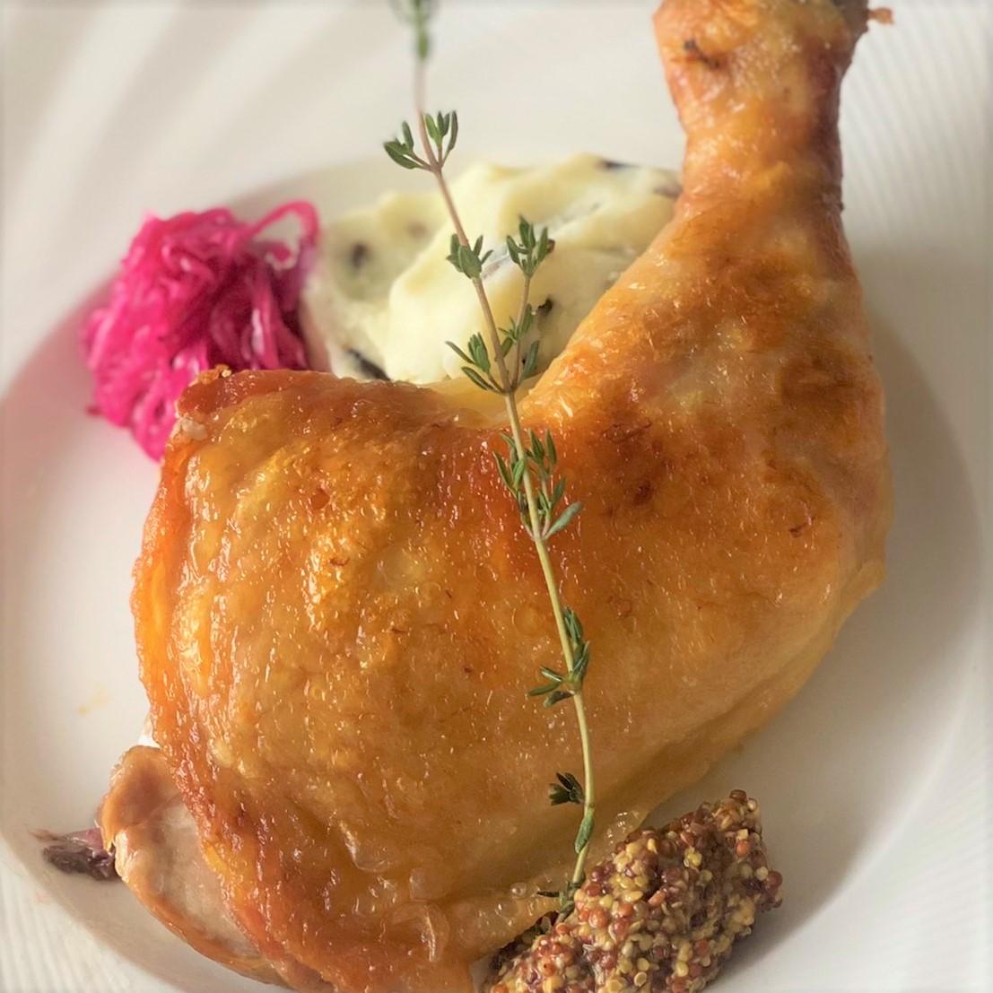 鶏モモ肉のコンフィー<br>ワイルドライス入りマッシュポテト添え